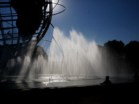 Unisphere fountains